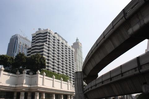 bangkok-garyson-plaza-bts-line
