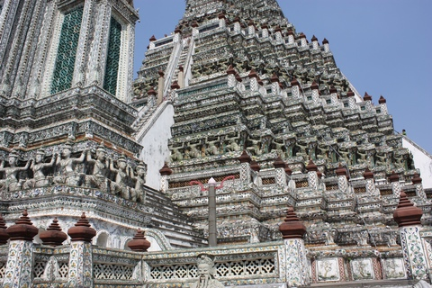 bangkok-wat-arun-stairs-view
