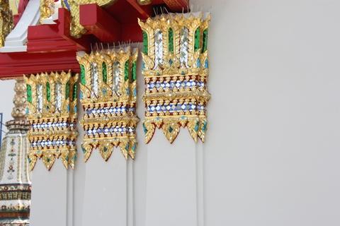 bangkok-wat-pho-column-details