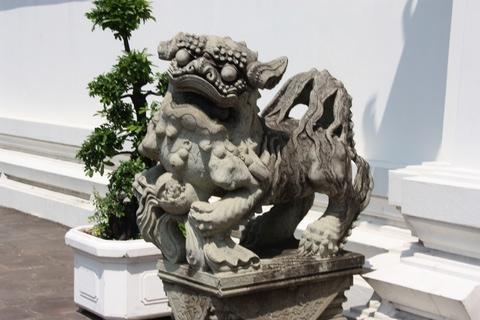 bangkok-wat-pho-small-statue-guardian