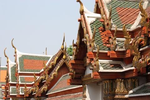 bangkok-wat-pho-temple-roof-details